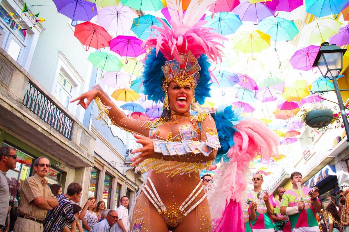(Português) Carnaval Fora de Horas